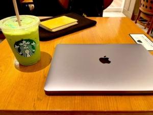 スタバとMacBook